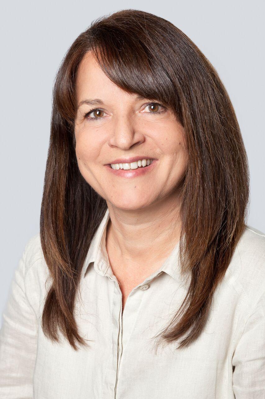Beate Stenzel – Beraterin im Elternservice <br /> und zweifache Mutter
